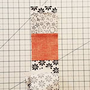 Log Cabin Quilt Block Step 4a