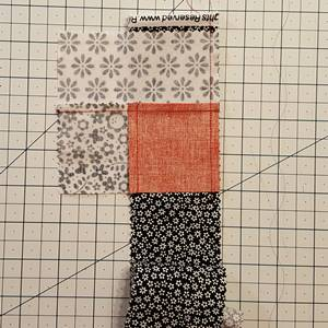 Log Cabin Quilt Block Step 4d