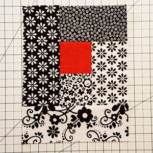 Log Cabin Quilt Block Step 5a