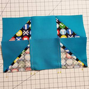 shoo fly quilt block pattern Step 6a
