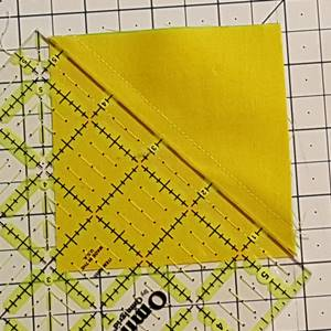 Half square triangle Step 4